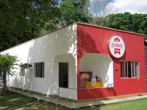 Cafés, máquinas e assistência especializada em um só lugar!
