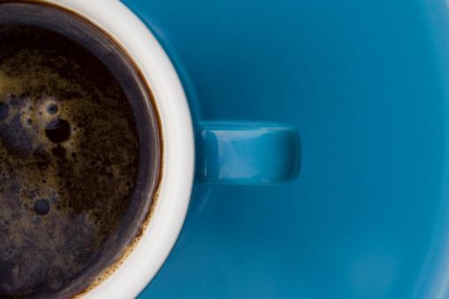 Café é tão hidratante quanto a água?