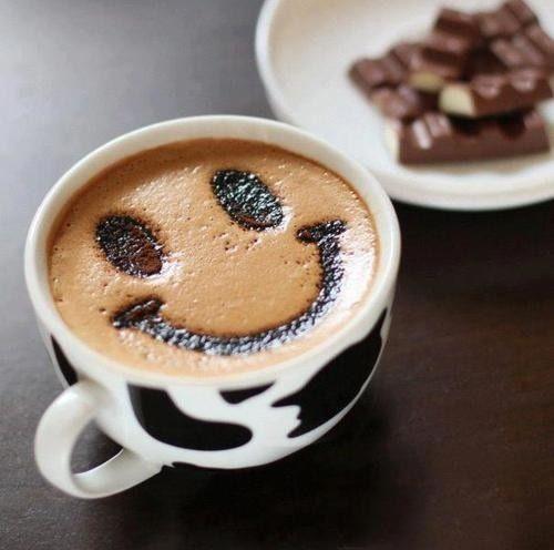 Jornalistas e policiais são os profissionais que mais bebem café