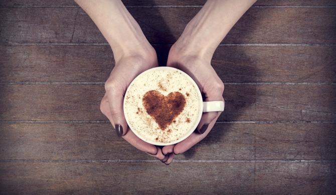 A química da cafeína: mais saúde para os apreciadores do bom café