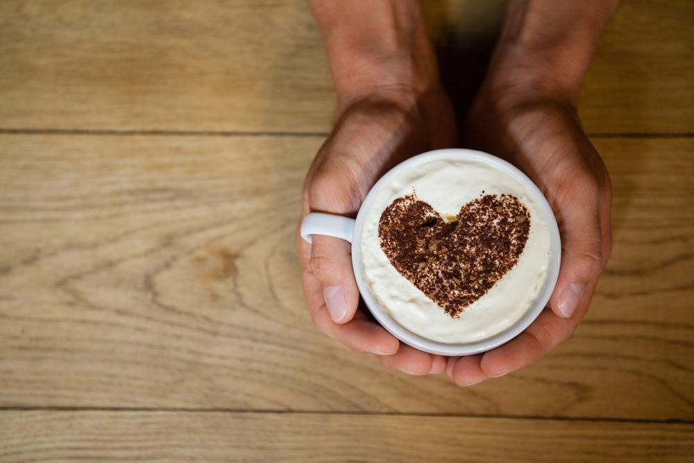 PESQUISA APONTA: QUEM BEBE CAFÉ TEM MAIS SAÚDE.