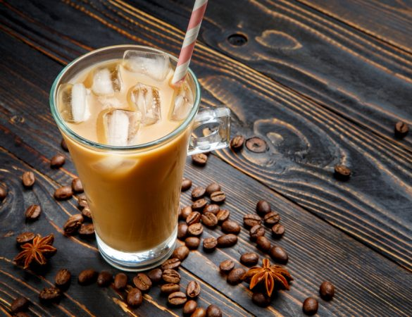 Cafés gelados: energia para o verão