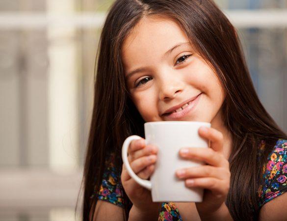 Crianças e Café: Quando começar?